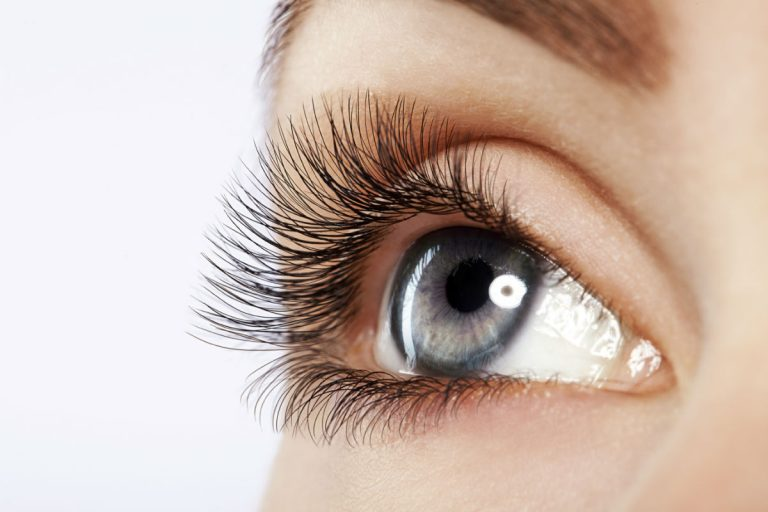 Eyelash Transplants for Women Hair Repair Clinic
